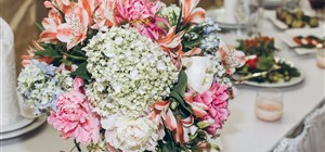 Choosing the Best Flowers for Your Centerpieces